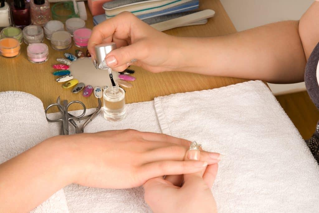 mma acrylic nails
